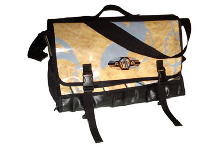 New-Belgium-Brewery-Recycled-Billboard-Messenger-Bag